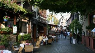 「ラインの真珠」リューデスハイム!ワインと雄大な景観で人気です
